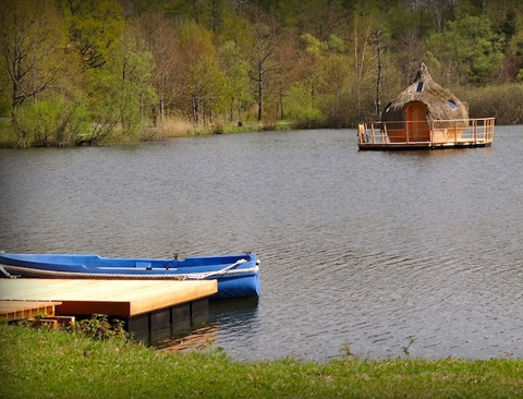 floating-cabins-cdgl-france-2