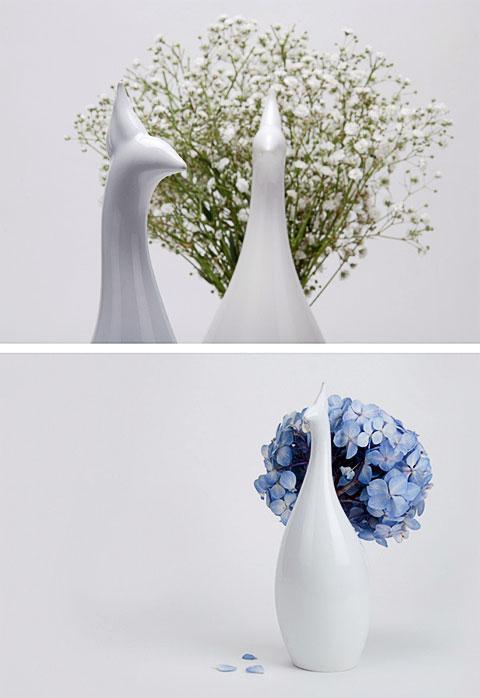 flower vase peakco 2 - Peakco vase: blooming flowers or feathers?