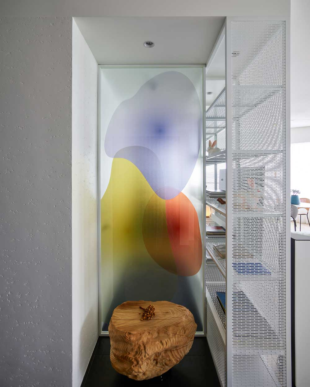 flowing interior design nook wd - Fluid Mirror Apartment