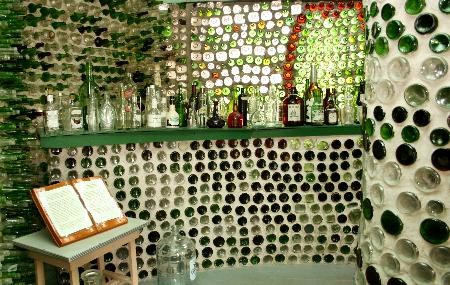 glass-bottle-houses-t3