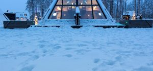 glass boutique hotel lapland 2 300x140 - Rovaniemi Glass Resort