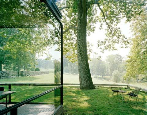 philip johnson glass house pdf