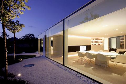 Lake Lugano House A Rounded Glass Pavilion Coastal Homes
