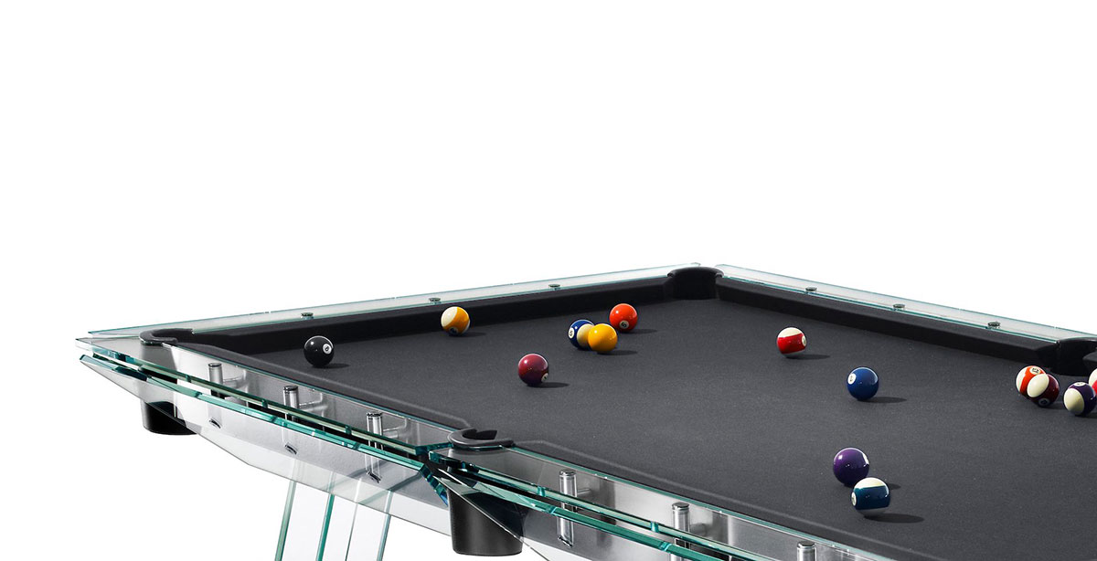 Amazing modern pool table of crystal glass made in italy for Glass billiard table