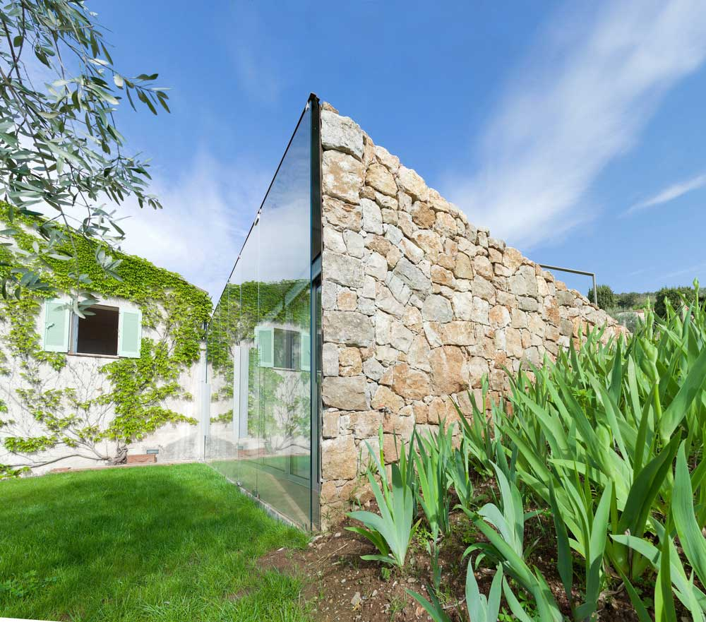 glass stone home extension ema3 - SPE House