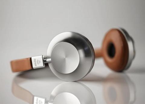 headphones-aedle8