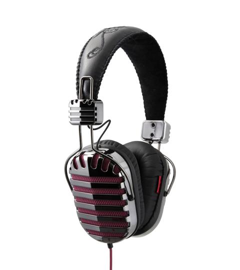 headphones-throne-6