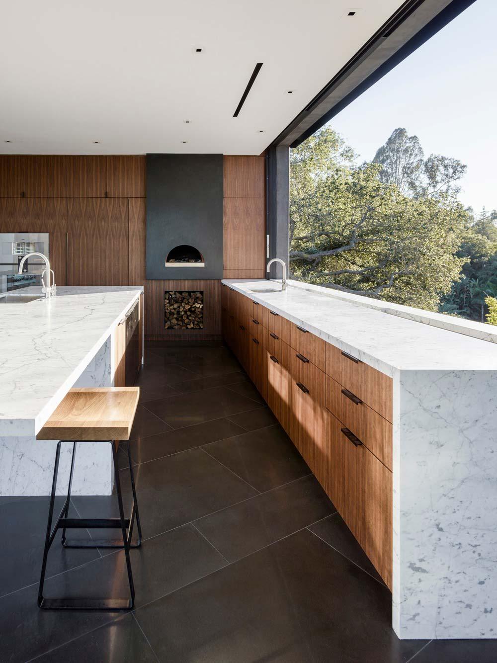 hillside home design kitchen ww - Oak Pass House