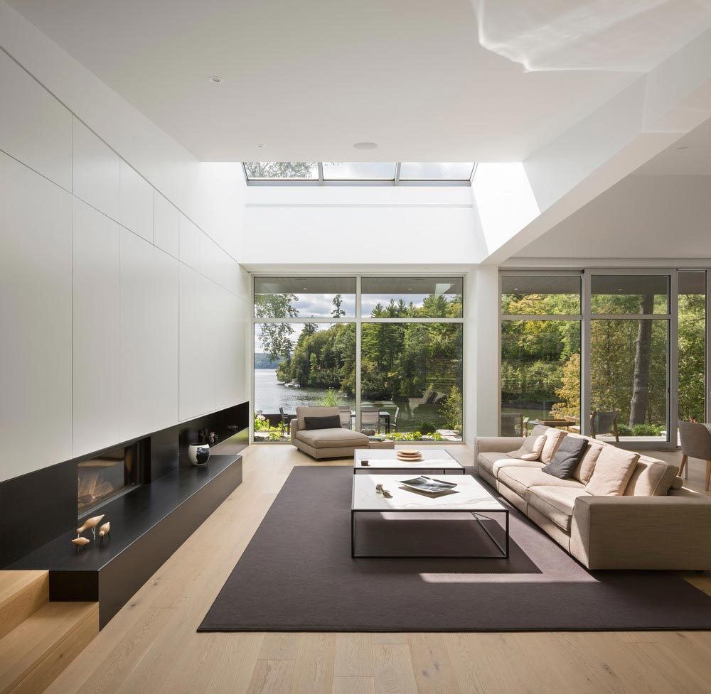hillside lake house skylight - The Slender House