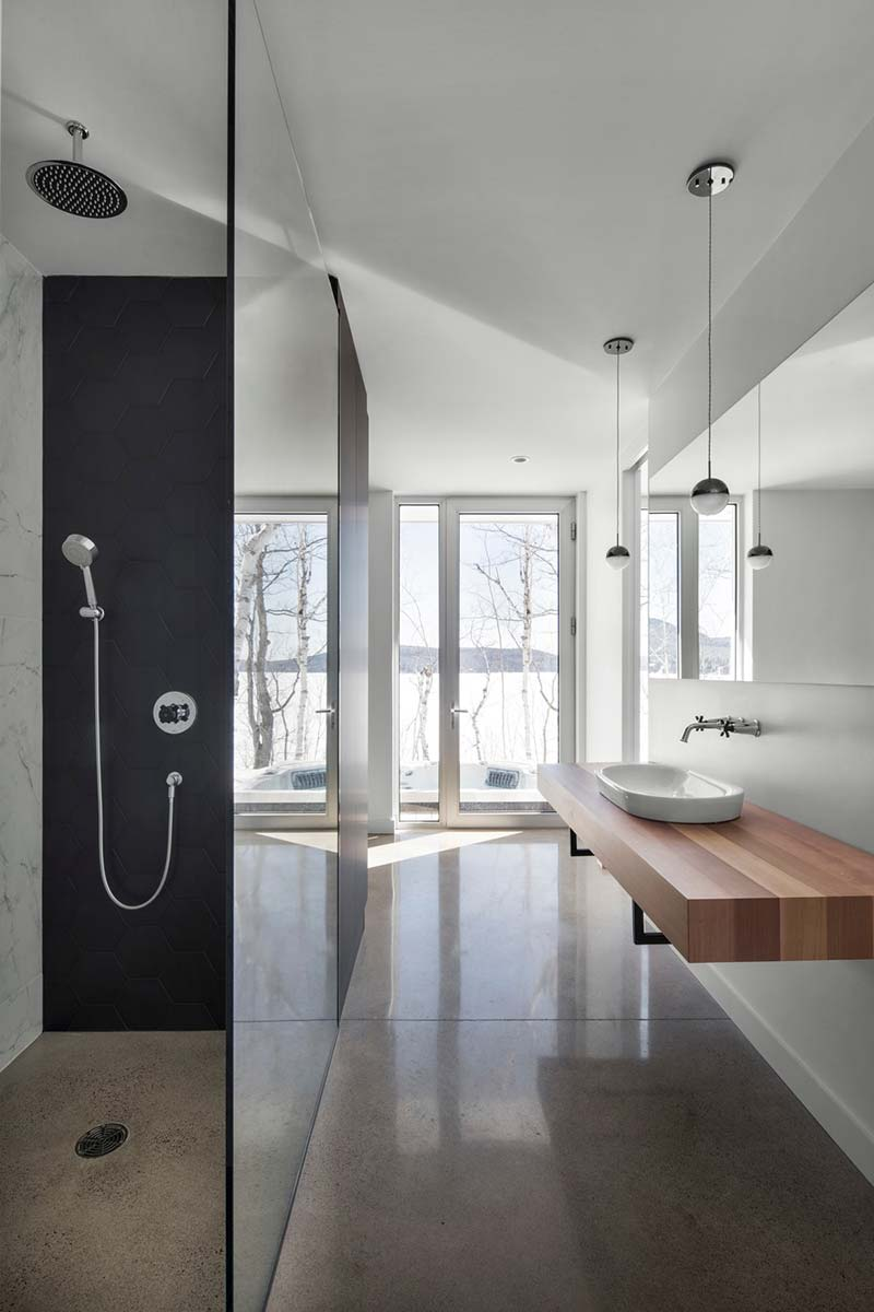 home extension bathroom design - Chalet La Petite Soeur