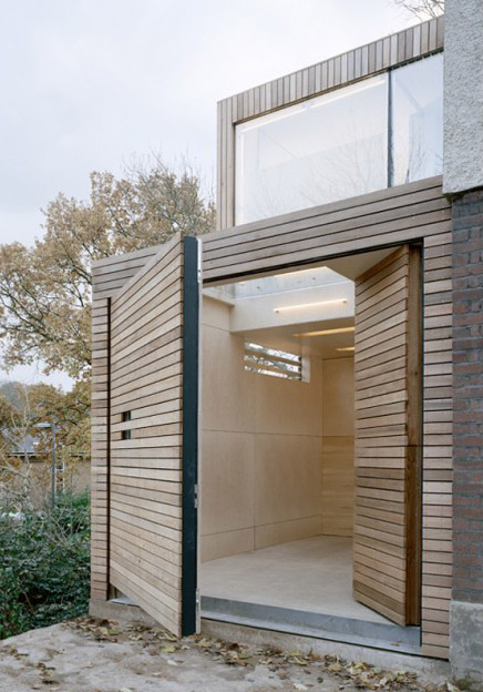 home-extension-slat-house-7