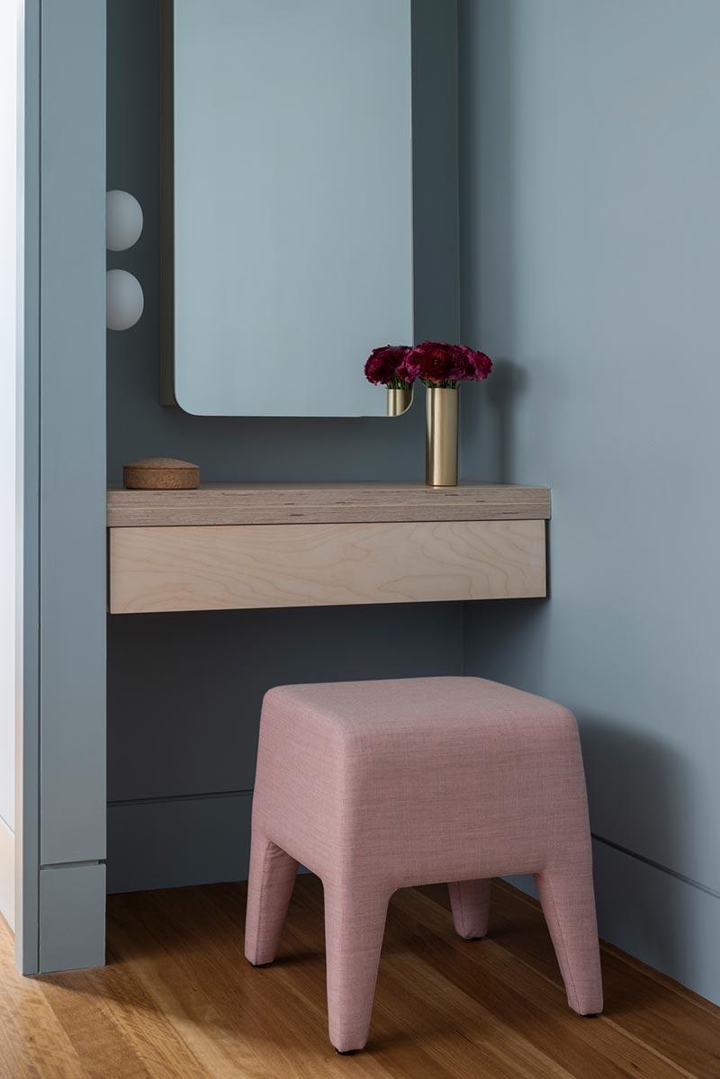 home interior vanity design lot1 - Headland House