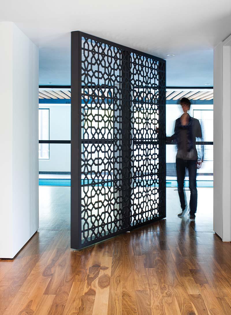home interiors pivot screen door design prs - Echo House