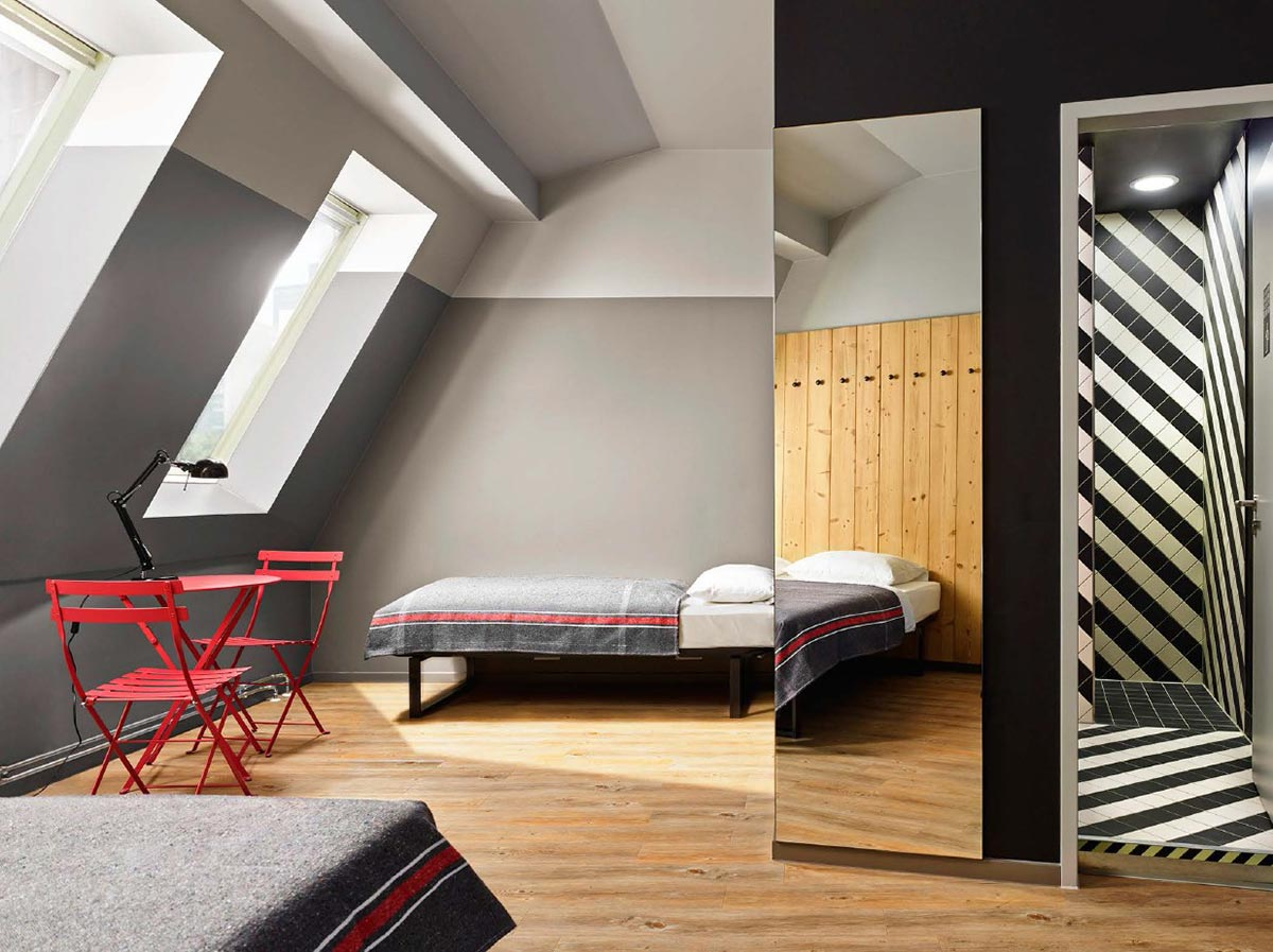 soorten auto 39 s generator hostel mitte address. Black Bedroom Furniture Sets. Home Design Ideas
