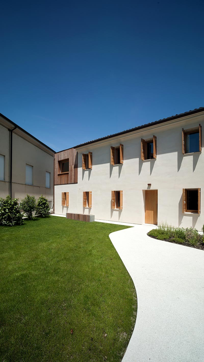 house renovation casafiera 800x1416 - Casa Fiera