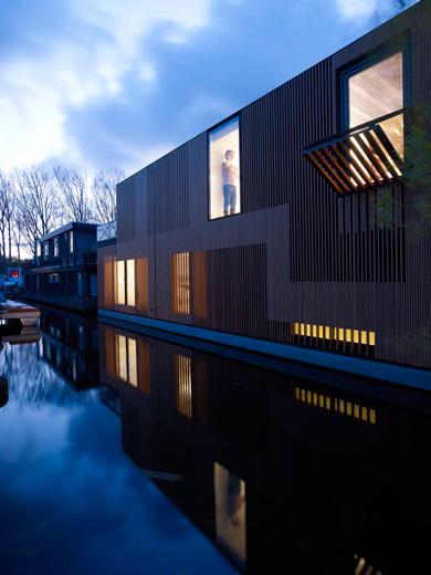houseboat-villa-fasp3