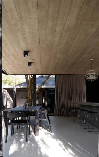 indoor outdoor living au 5 - Elm & Willow House: Alfresco Living