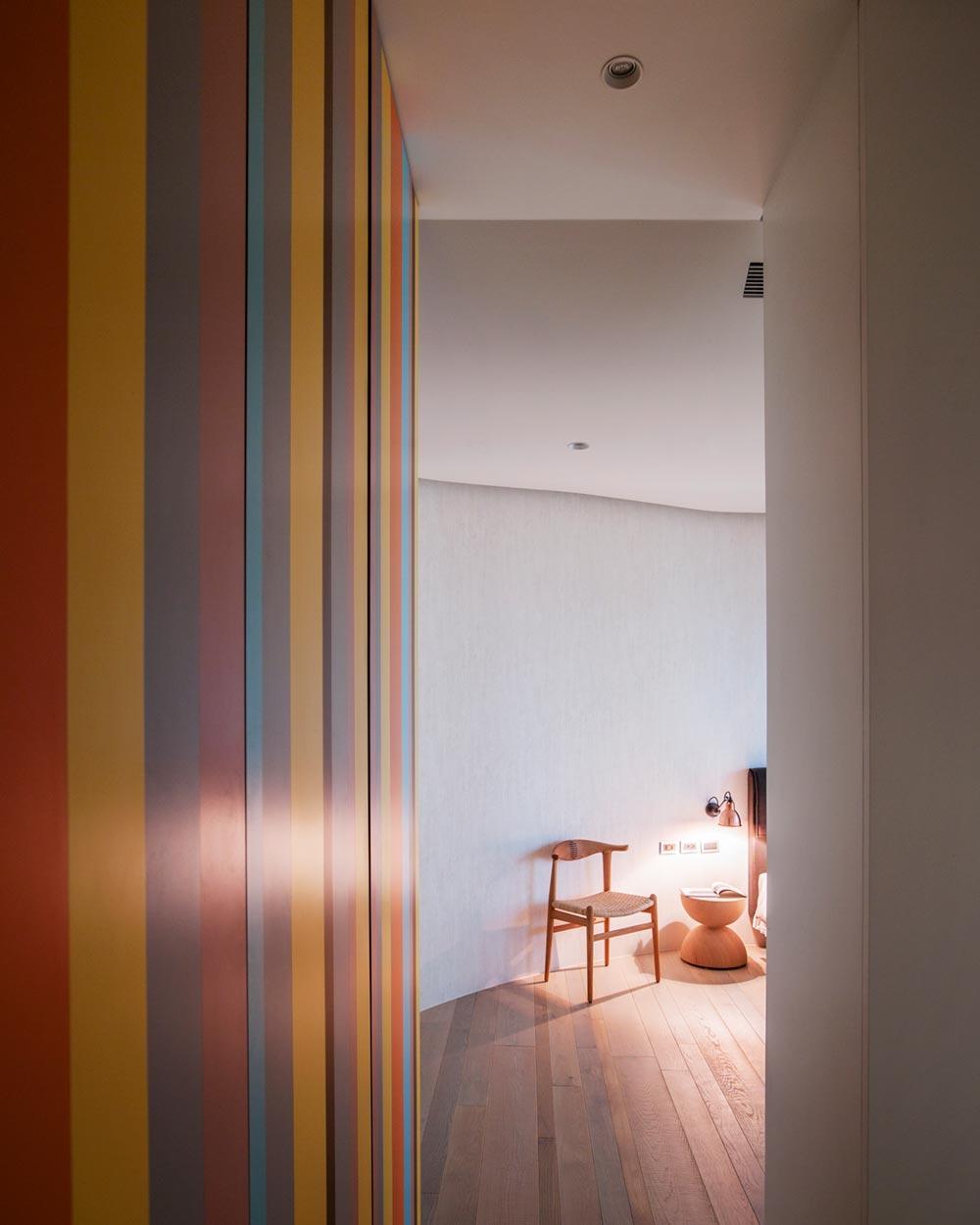 interior design curved walls wd2 - Fluid Mirror Apartment