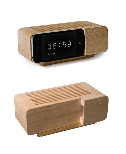 Alarm Dock: re-inventing nostalgic design for the iphone - iPhone/iPod: http://www.busyboo.com/2012/05/09/iphone-alarm-dock/