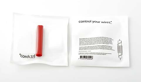 ipod earphones cordctrl 4 - *cordctrl - Control Your Wires