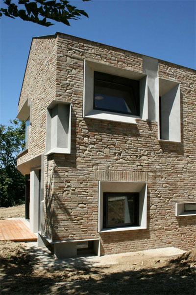 italian house design picture 8 - Picture House: Italian to the Bone