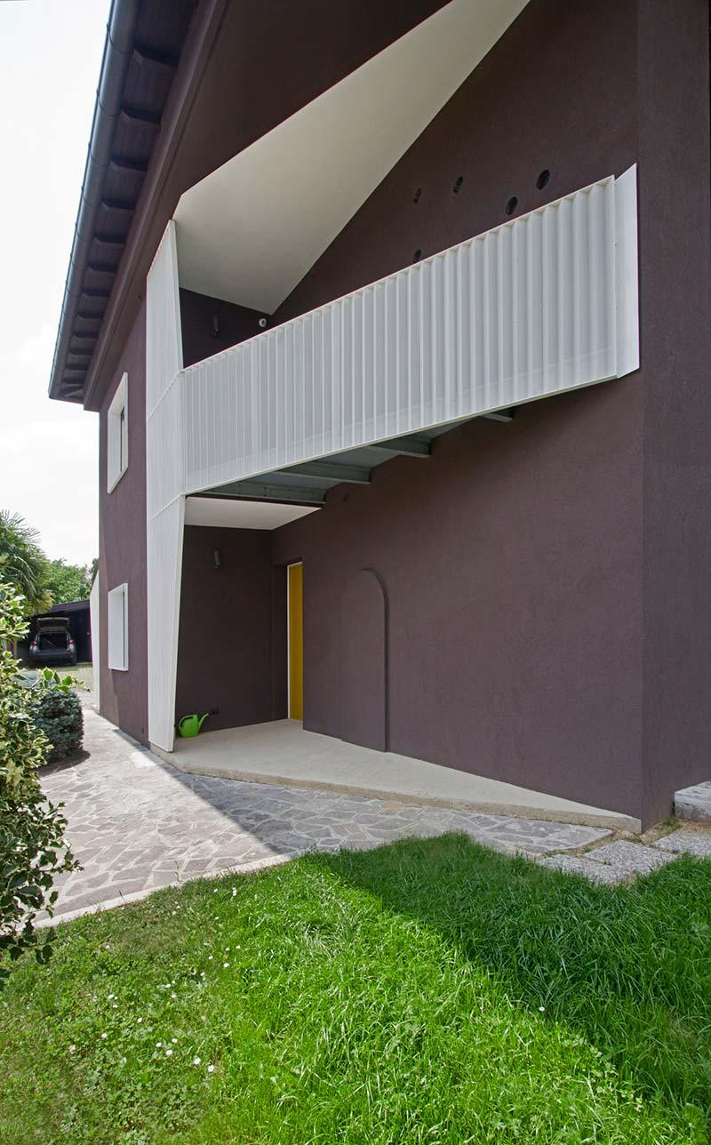 italian villa balcony design - 70's Italian Yellow & Terrazzo Villa