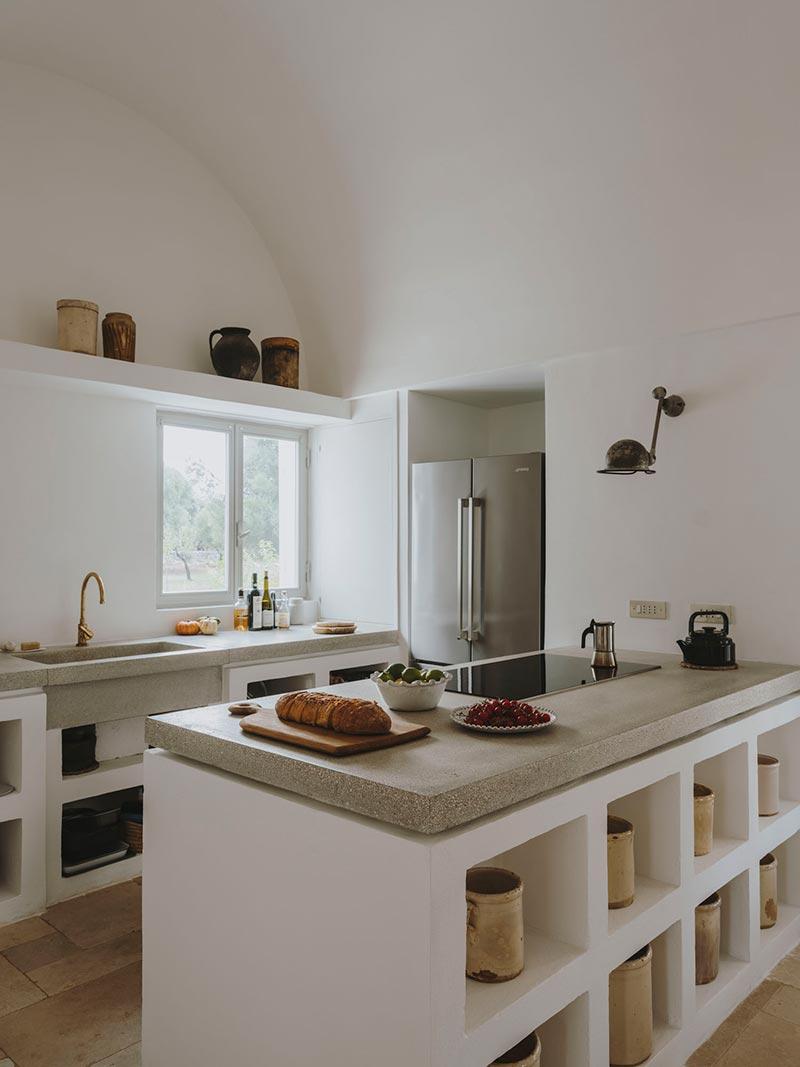 italian villa kitchen design at - Villa Castelluccio