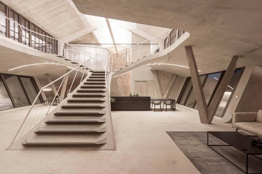 Unique Loft Design That Looks Like A Spaceship