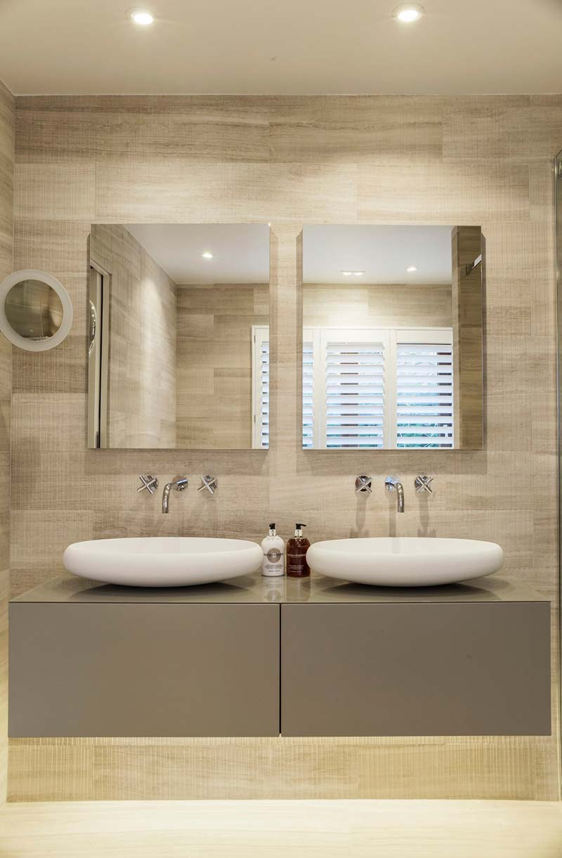 london townhouse bathroom design - Highgate Hill Townhouse