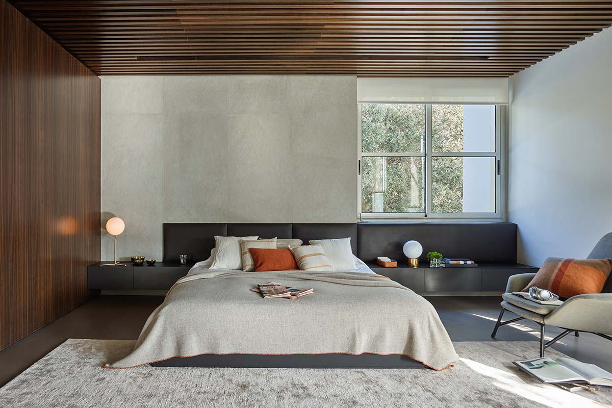 luxury home master bedroom design - Valles House