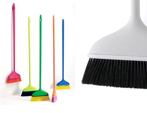 mago-brooms