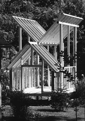 meditation hut garden 3 - Meditation Hut 1: Contimplating In The Garden