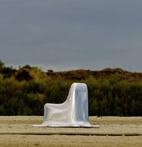 melting-chair-aduatz-1