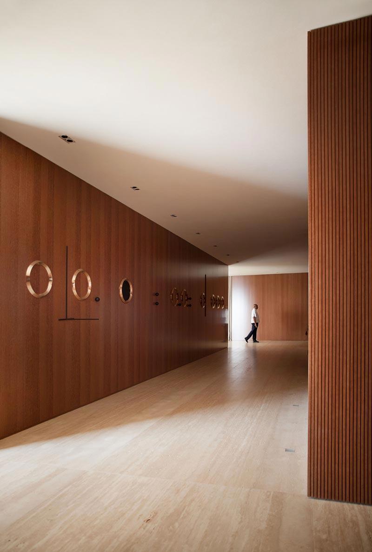 Mid Century Modern Penthouse Design Sky High Elegance