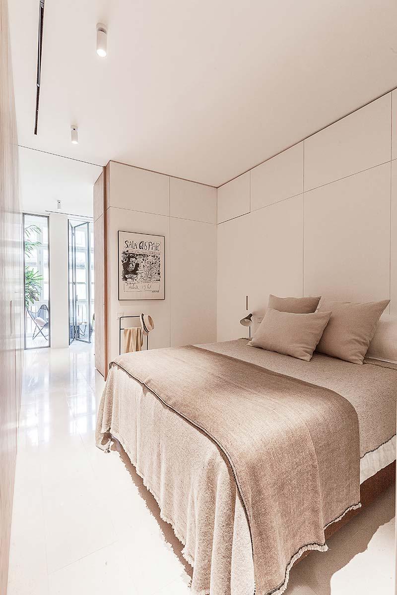 modern apartment bedroom design - Argentona Apartment