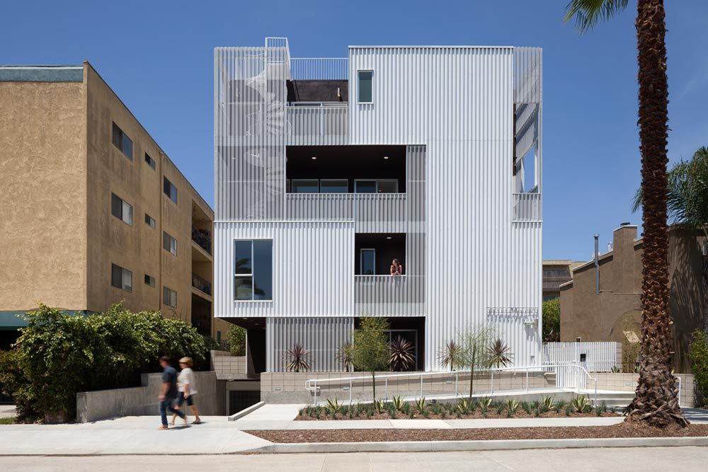 Unique Facade Modern Apartment Building Design In LA