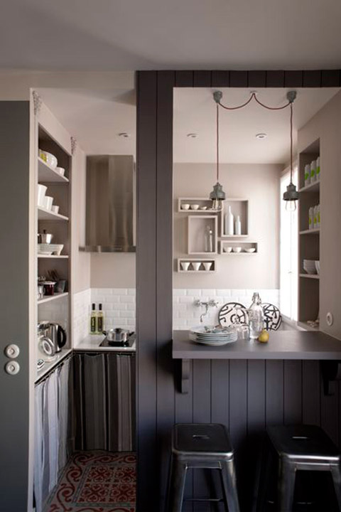 A modern atelier in france beautiful interiors for Cuisine ouverte lineaire