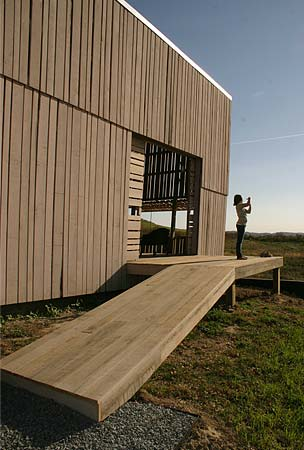 modern-barn-house-blair2