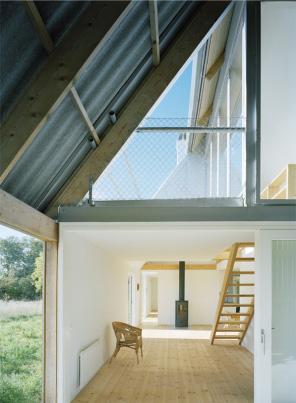 modern-barn-house-gsmr-llp3