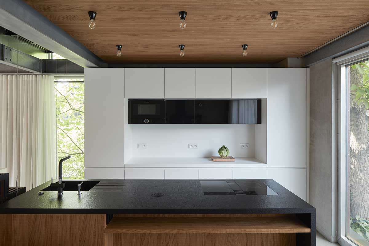 modern black white kitchen okp - Rusty House