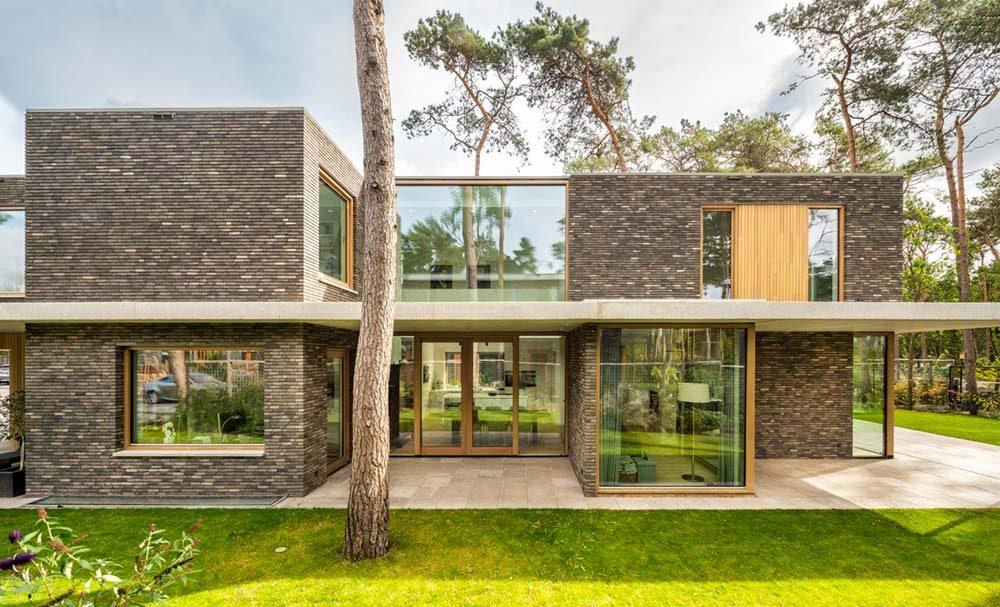 modern brick glass villa hd 1000x607 - Villa Zeist 2