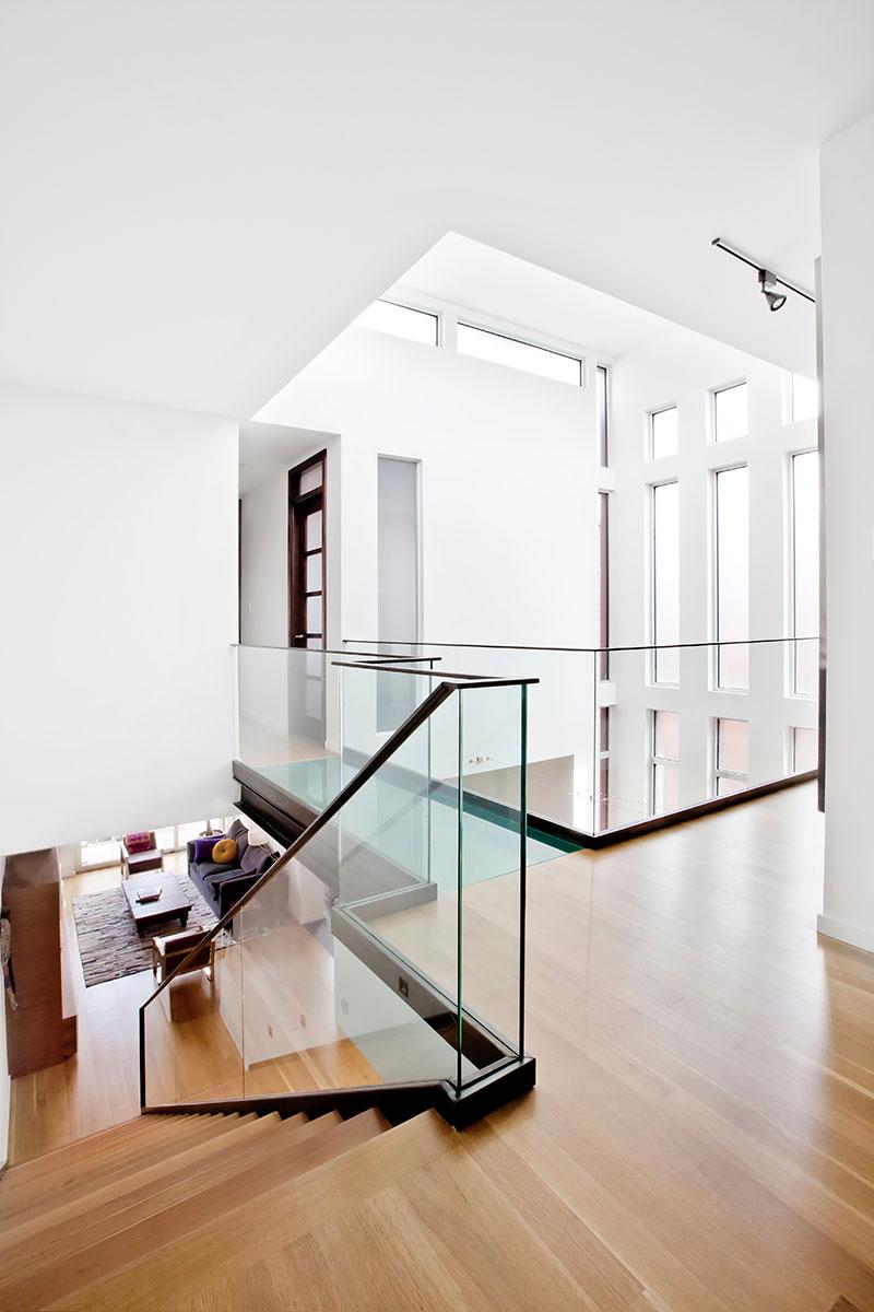 modern-brick-house-lndsdwn4