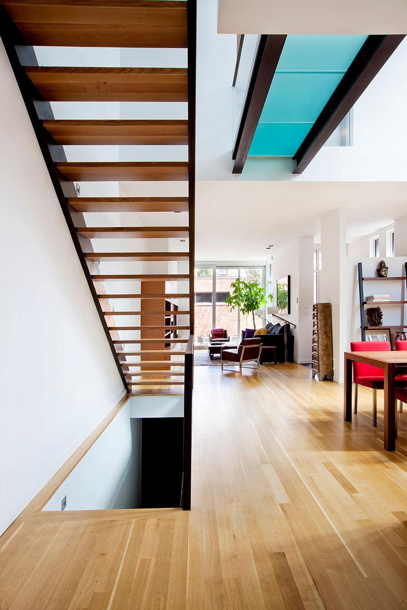 modern-brick-house-lndsdwn5