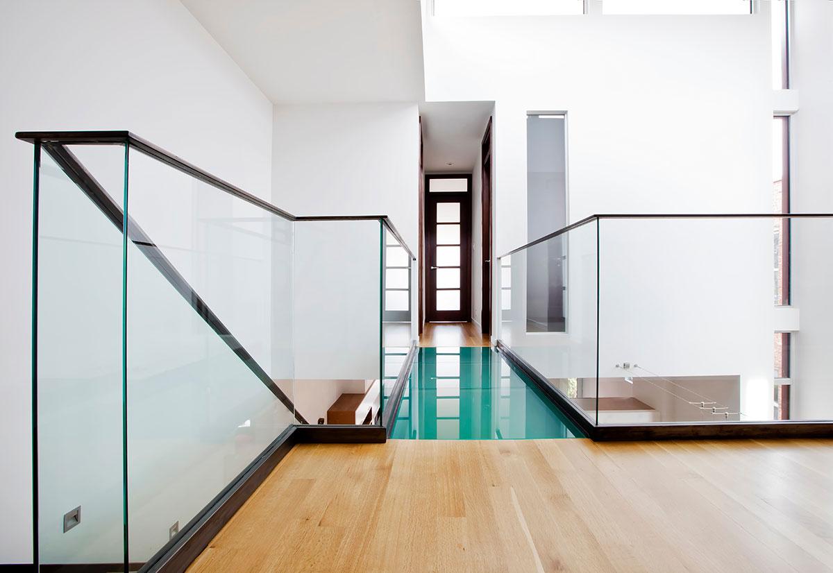 modern-brick-house-lndsdwn8