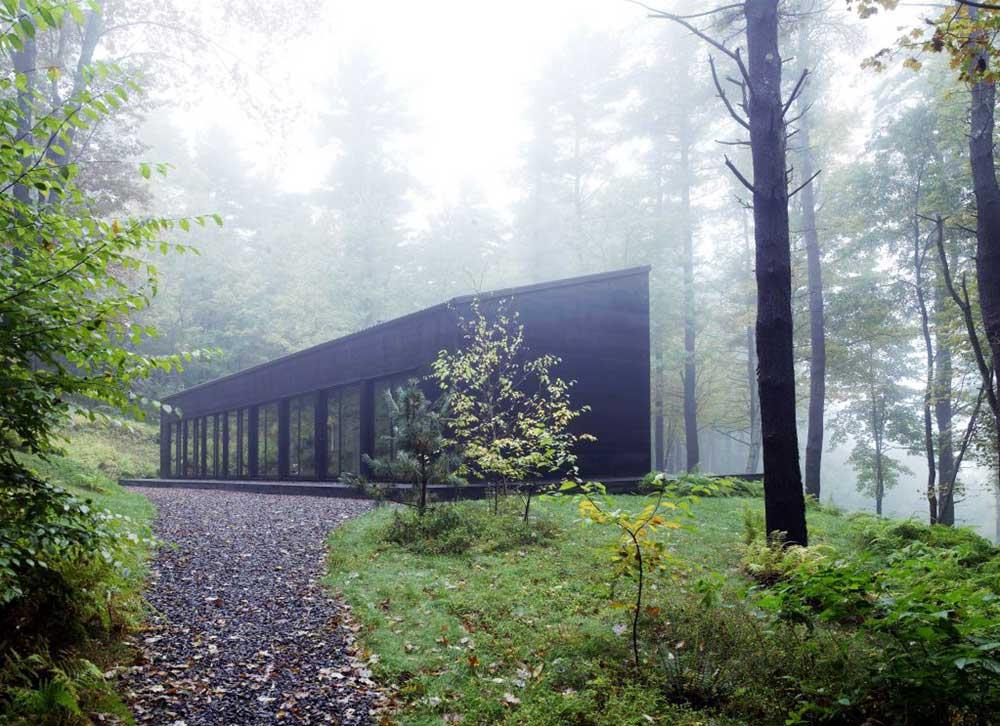 modern cabin design exterior inc - Sixteen Doors Cabin