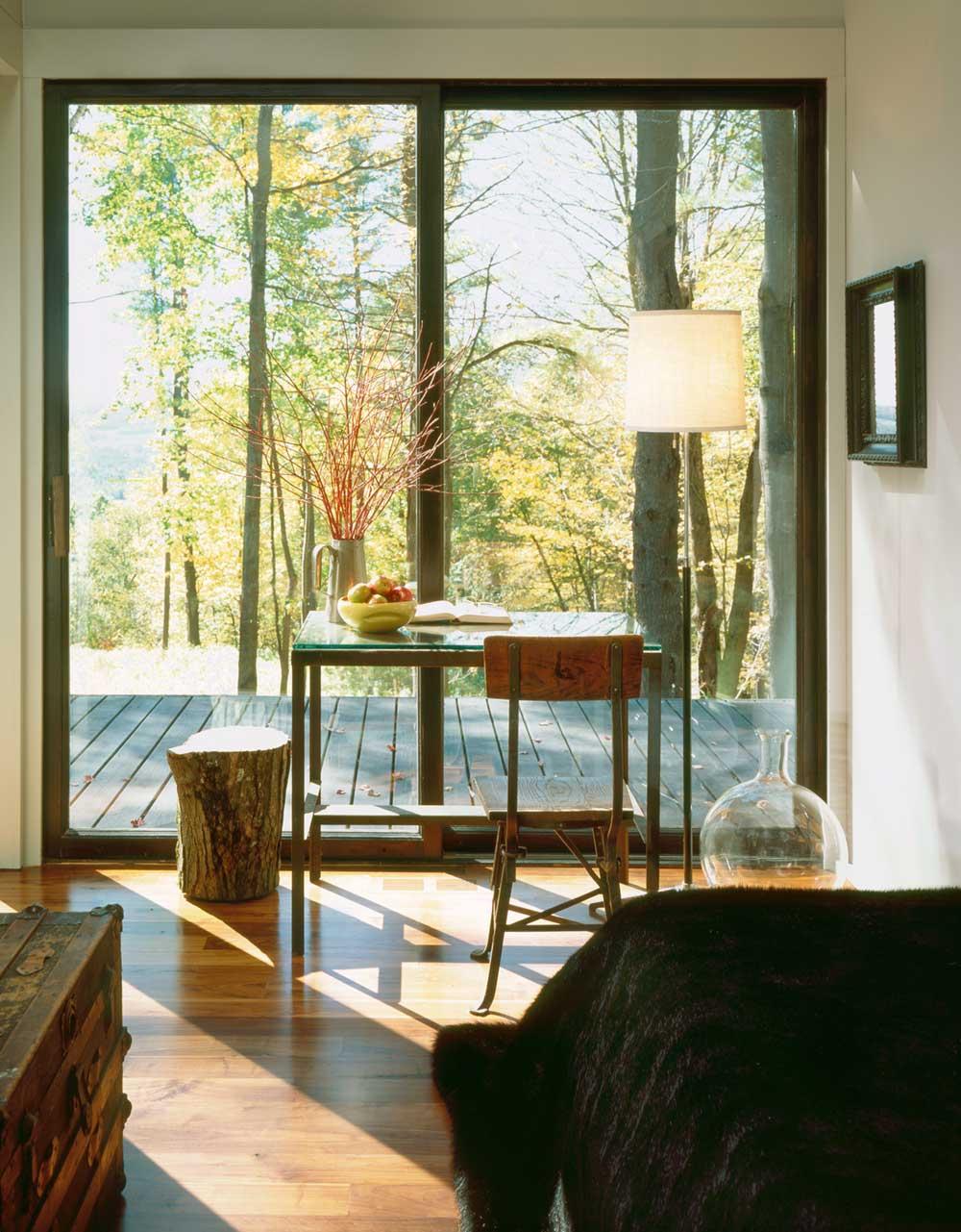 modern cabin desk design inc - Sixteen Doors Cabin