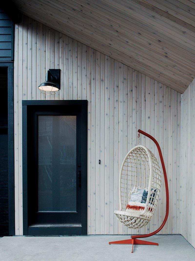 modern cabin entrance design cw - Alpine Noir Chalet