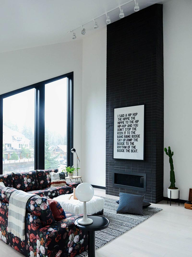 modern cabin fireplace design cw - Alpine Noir Chalet
