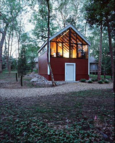 Frey barn it 39 s a guy 39 s thing modern cabins small houses for Modern cabin homes