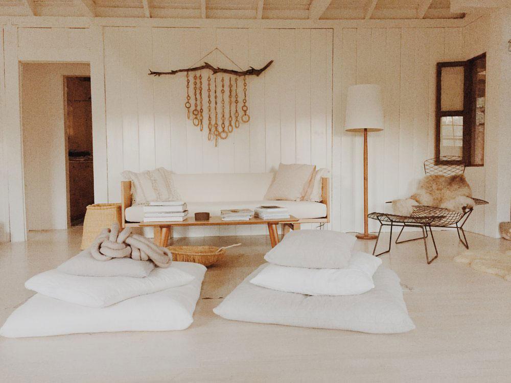 Modern cabin living room design